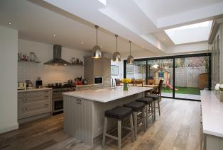 FAMILY KITCHEN EXTENSION
